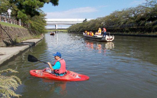 観光和舟体験とゴミ拾い