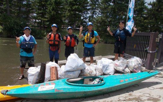 台風一過浮遊ゴミ12袋回収