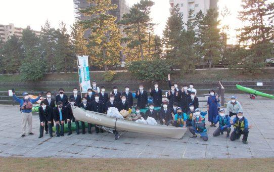 クラーク記念国際高校 生徒36名/カヌー体験と取材